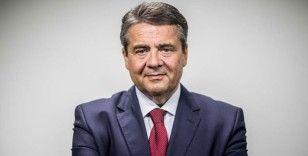 Eski Dışişleri ve Ekonomi Bakanı Sigmar Gabriel, Deutsche Bank'ın teftiş kuruluna geçiyor