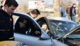 Sakarya'da feci kaza: 10 yaşındaki çocuk hayatını kaybetti, anne ve baba yaralandı