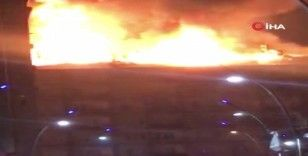 Elazığ'da deprem sonrası bir binada yangın çıktı