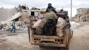 Halep halkı, Türkiye sınırına sığınıyor