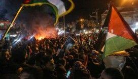 Lübnan'daki Filistinli mülteciler sözde Orta Doğu barış planını protesto etti