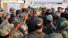 Suriye ordusu İdlib'in en büyük ilçesi Maarratünnuman'ı ele geçirdi