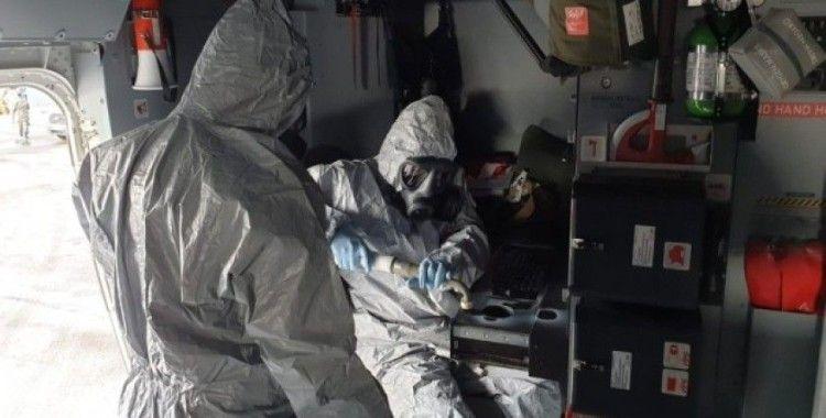 Çin'den gelen uçak uzmanlar tarafından arıtmaya tabi tutuldu