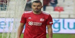 Fernando Sivas'a dönüyor