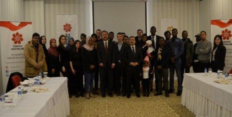 'Türkiye Mezunları' geleceklerine hazırlanıyor
