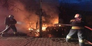 Bartın'da ev yangını