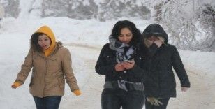 Bayburt'ta kar yağışı yerini soğuk havalara bıraktı