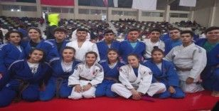 Yunusemreli 11 judocu milli takım kampına davet edildi