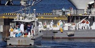 Japon askerleri karantinadaki gemide bulunan yolculara yardıma gidiyor
