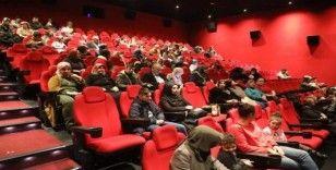 """""""Rafadan Tayfa Göbeklitepe"""" filmine ESER'li öğrencilerden büyük ilgi"""