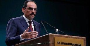 Kalın'dan PKK, YPG/PYD yöneticilerinin katılımıyla AP'de konferans düzenlenmesine tepki