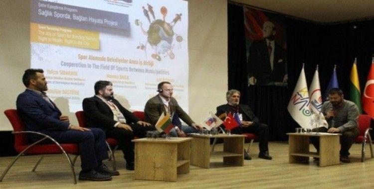 """Bayrampaşa'da """"Sağlık Sporda, Bağlan Hayata Projesi""""nin final konferansı gerçekleşti"""