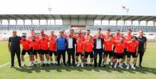 Sincan Belediyespor Kulübü futbol ve güreşteki başarılarıyla göz dolduruyor