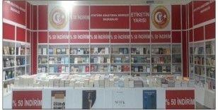 Atatürk Araştırma Merkezi yayınları CNR kitap fuarında