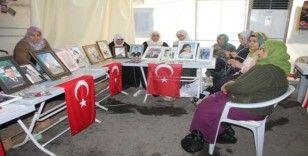HDP önündeki ailelerin evlat nöbeti 157'nci gününde