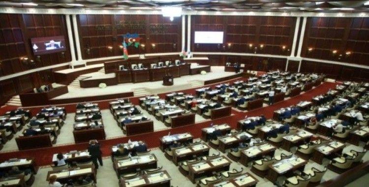 Azerbaycan'da seçime son 2 gün kaldı