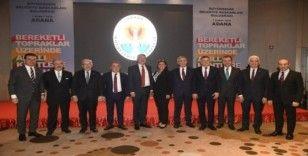 Başkan Böcek Adana'da CHP'li Belediye Başkanlarıyla kooperatifçiliği görüştü