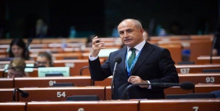 Başkan Akgün, İzleme Komitesi için Fransa'ya gidiyor