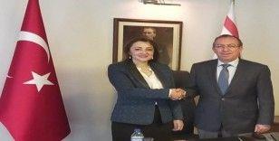 ULUSKON heyeti  anlaşmalar yapmak için Kıbrıs'a gidiyor