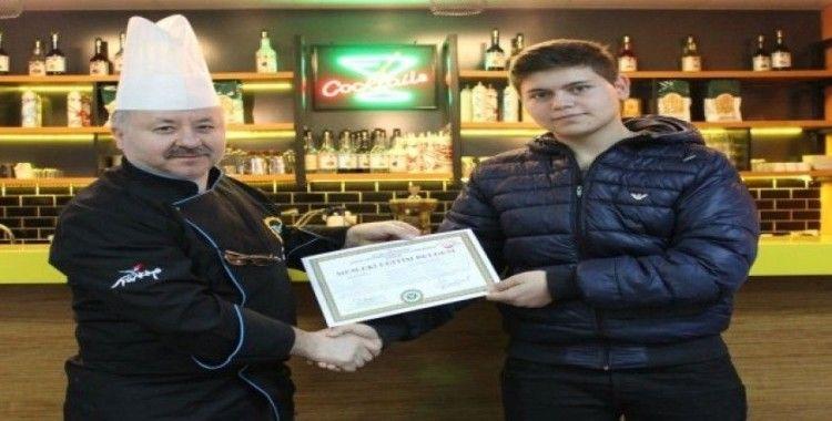 Beyaz Kalpler'de sertifika heyecanı