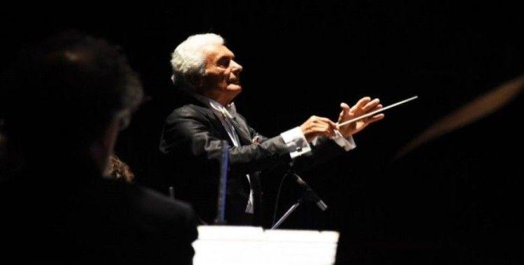Ünlü şef Aykal, New York'ta kurduğu orkestrayla ikinci kez sanatseverler ile buluşacak