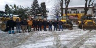 Akçakoca beediyesi kar mesaisini sürdürüyor