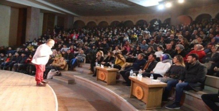 """""""Açık Aile"""" Kapadokya Kültür ve Sanat Merkezi'nde sahnelendi"""