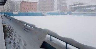 Yeşilyurt Belediyespor'un maçına kar engeli