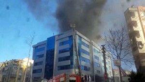 İzmir'de hastanede yangın paniği