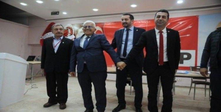 Niğde'de CHP İl Başkanı yeniden Erhan Adem oldu