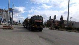 Hatay'ın Suriye sınırına tank sevkiyatı