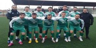 Gölbaşı Belediyespor, sahasında Nallıhan 1864 Spor'u 2-1 mağlup etti.