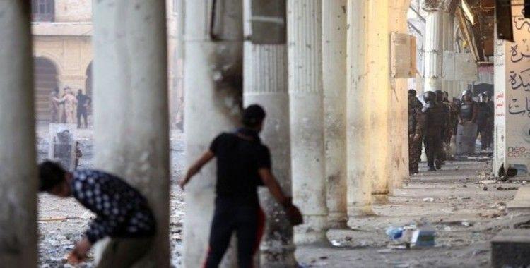 Irak'ın Zikar kentinde 1 protestocu öldü