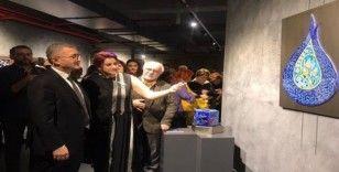 """""""Renklerin Sırrı"""" çini sergisi Üsküdar'da sanatseverlere kapılarını açtı"""