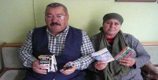 Ameliyat olabilmek için kırtasiye ürünleri satıyor