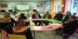 25 farklı okul ve kurumda 55 farklı alanda toplantı yapıldı