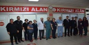 İl Sağlık Müdürü Açıkgöz'den Atatürk Devlet Hastanesi Acil Servis Birimi'ne teşekkür belgesi