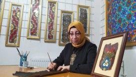 (Özel) Türkiye'nin tek kadın 'Kalemkârı' Kütahya'da