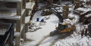 Sahildeki gökdelenlerin yıkımına başlandı
