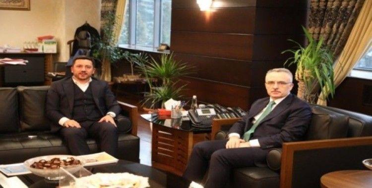 Başkan Arı, Ankara'da temaslarda bulundu