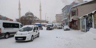 Karlıova'da karla mücadele