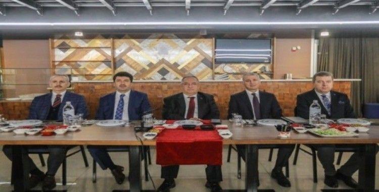 Rektör Sarıbıyık, İl Ekonomik Toplantısı'na katıldı