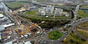 (Özel) Bitmeyen metro inşaatı trafiği felç etti, kilometrelerce kuyruk oluştu