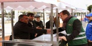 Kültür Parkta 25 seyyar satıcıya araç verildi