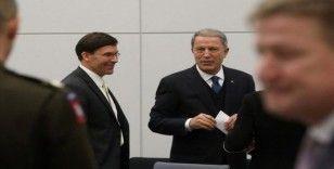 Bakan Akar, ABD Savunma Bakanı Esper ile görüştü