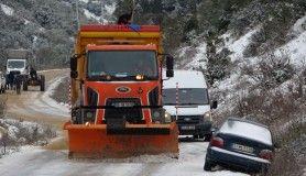 Hatay'da karla mücadele