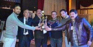 Salihli Emirspor, şampiyonluğunu kutladı