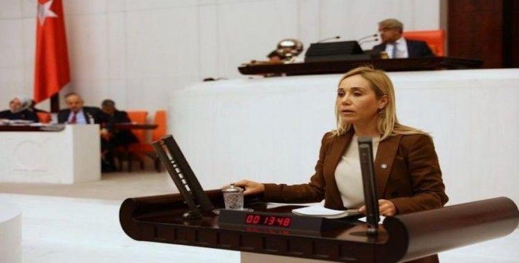 İYİ Parti Milletvekili Tuba Vural Çokal, partisinden istifa etti