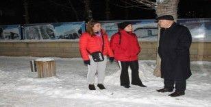 Başkan Pekmezci karla mücadele çalışmalarını sahada takip etti