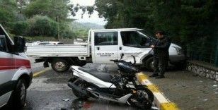 Motosiklet sürücüsünün hayatını kask kurtardı